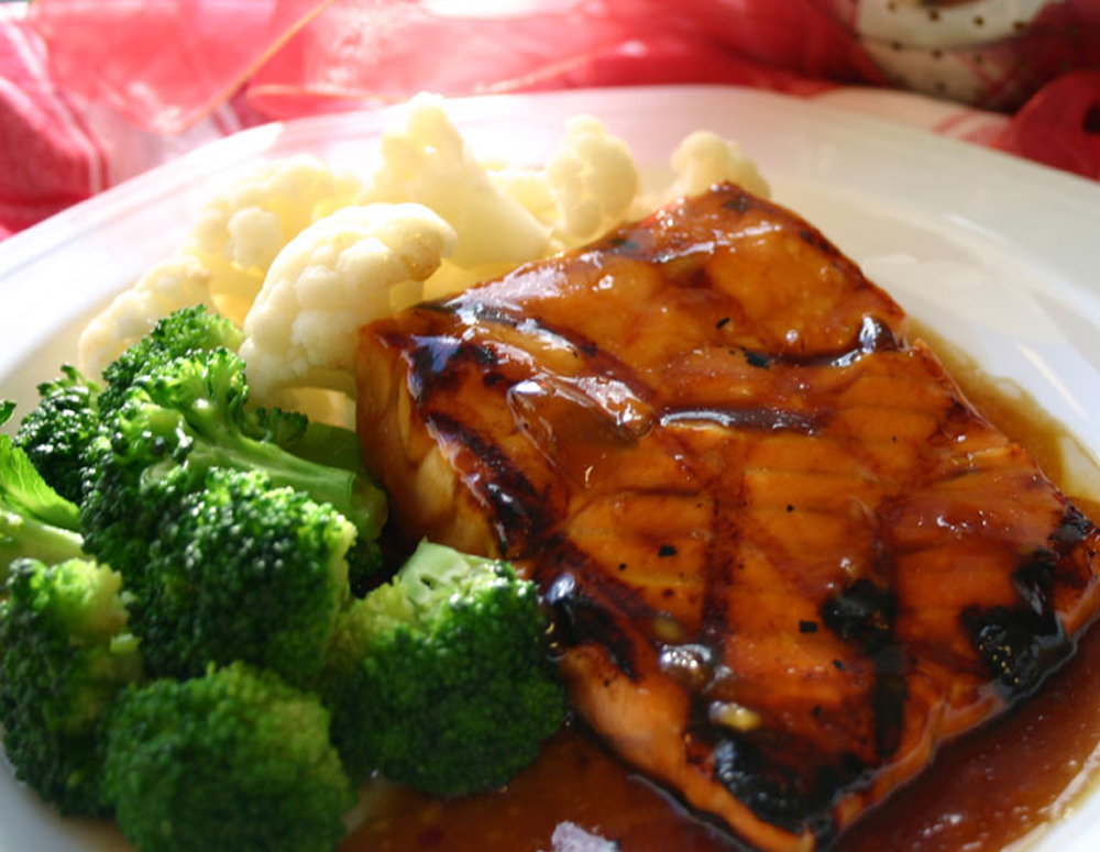 Recipe Sweet Ginger Salmon with Plum Sauce